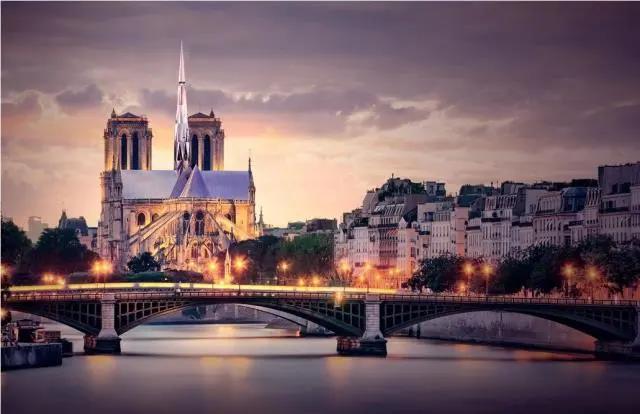 """一场非官方的""""巴黎圣母院重建""""竞赛,中国建筑师提出的""""巴黎心跳""""方案"""
