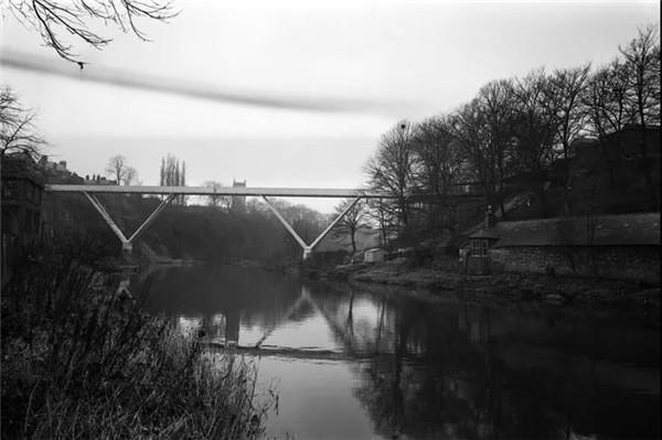 Kingsgate bridge 实景